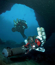 Rebreathers   Hollis   Halcyon   Brownie's YachtDiver