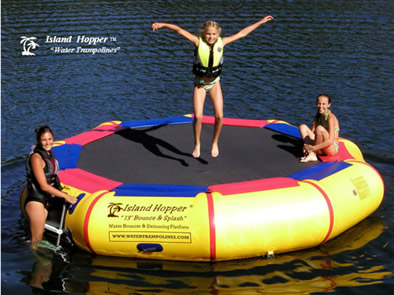 island hopper 13' bounce and splash padded trampoline