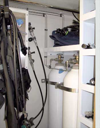 Yacht Pro Compressor Dive Locker